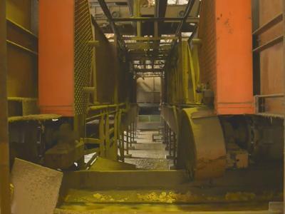 004 臺中大里菸葉廠-複薰室:葉肉從貯存槽送往複薰機流程-東風拍攝