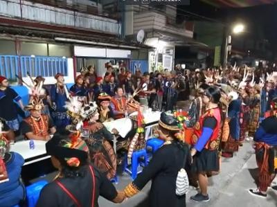 010 Tjiljuvekan頭目家傳統聯歡舞會-各家族領袖與族人齊聚
