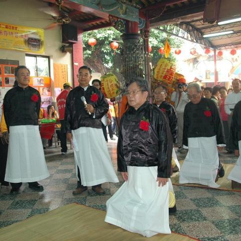 10.丹慶季以三獻古禮祭拜 攝影黃慶聲_0