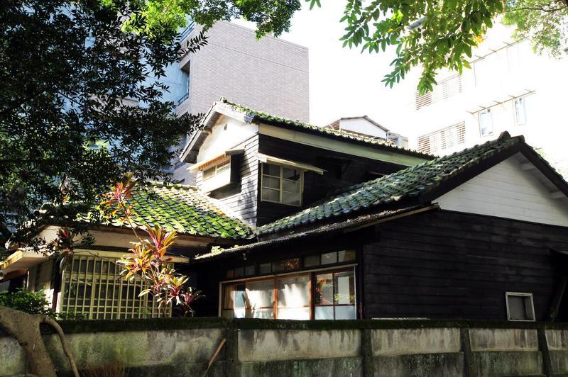國立臺灣大學日式宿舍-羅銅壁寓所 (1)